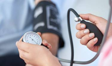 symptomer ved forhøjet blodtryk
